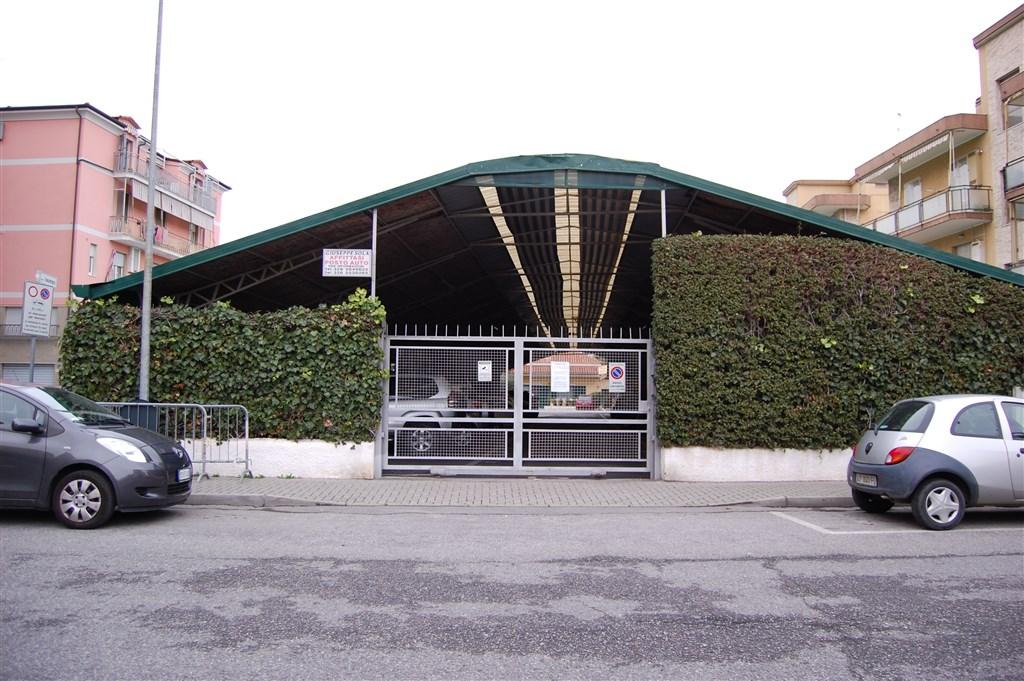 Albenga parcheggi auto e posti auto coperti in affitto for Piani distaccati di posti auto coperti